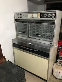 1951 Frigidaire electric stove