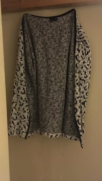 women's grey and black cardigan Hamilton, L8P 4L5