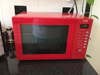 Red microwave oven  New York, 11372