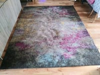 8' x 10' Modern and Abstract Area Rug / Carpet