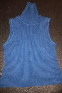 Blue sleeveless turtleneck Toronto, M4B 3P4