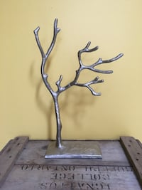 Silver tree jewelry holder Collingwood, L9Y