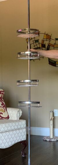 Shower pole with 4 shelves and adjustable tension rod Barrie, L4N 2M5