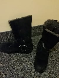Black genuine leather boots size7 Calgary, T2E 2W6