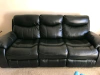 Reclining leather couch  Brandon, 33511