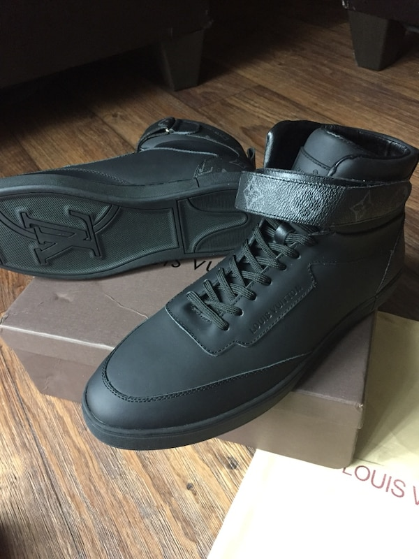 e93e291daa9fd3 Used Louis Vuitton Passenger Sneaker Boot for sale in Houston - letgo