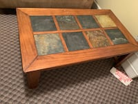 Coffee table and side table. High end and in excellent condition   3724 km