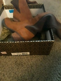 New Brown Swede Boots Houston, 77036