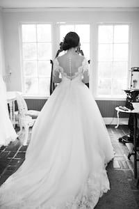 Allure Bridal wedding gown Vancouver, 98660