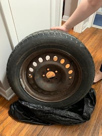Winter tires on rims (winter claw extreme grip - 215/60R17) London