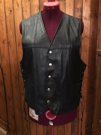 Black leather vest, Sz 46, Men's, make an offer! Oshawa, L1G 4W3