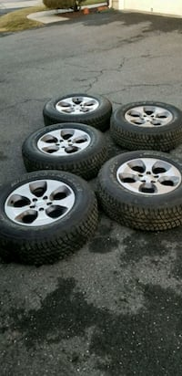 """Jeep Factory Rims&Tires, 18"""" Frederick, 21703"""