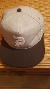 Primitive Minor League Snapback Cap By New Era, Gray
