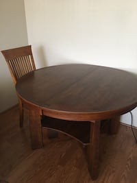 "48"" expandable wooden Dining Table w/4 chairs Honolulu, 96815"