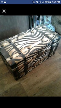 Vintage style trunk Roswell, 30075