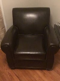 black leather padded rolling chair Frederick, 21701