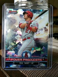 Angels Mike Trout refractor card Paramount, 90723