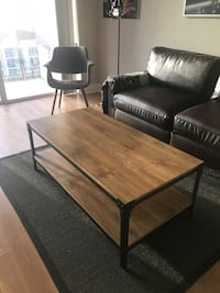 Wood & Iron Coffee Table (Like New - Price Negotiable) Houston, 77002