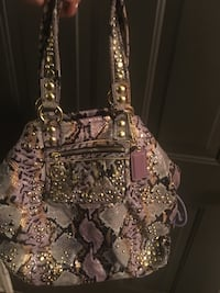 Authentic Coach Purse Chesapeake, 23320