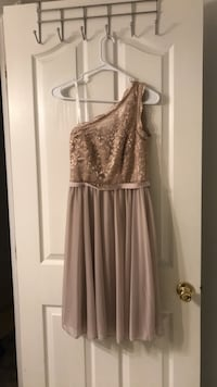 David's bridal dress size 2 White Pine, 37890
