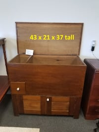Very Cool Antique Mill Chest Greenfield