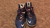 Lebrons size 9.5 Redding, 96003