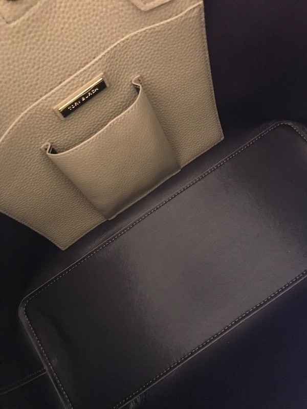 baa8f927c03 Used Authentic Tory Burch Perry Leather Tote for sale in Montréal ...