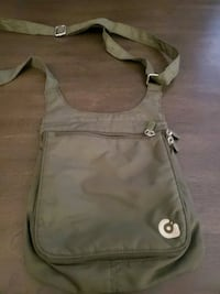 GRAVIS SMALL TRAVEL BAG Surrey, V4N