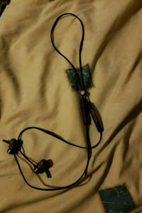 black and gray corded headset Albuquerque, 87114