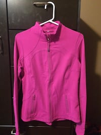 LULULEMON zip up top London, N6H 5J5