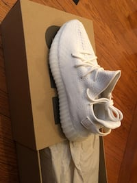 pair of gray Adidas Yeezy Boost 350 with box Laurel, 20724