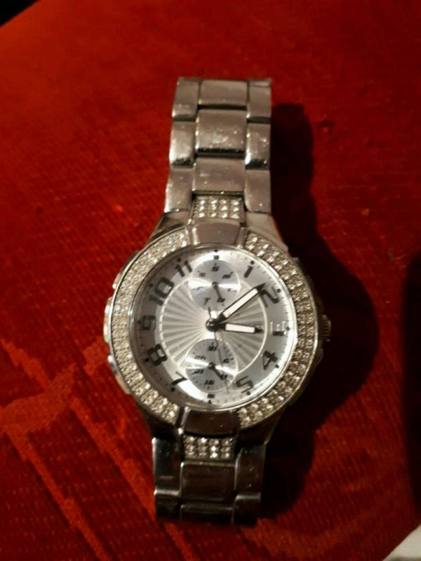 women's guess watch fb415a02-c066-4acf-9366-a2ab94551ede
