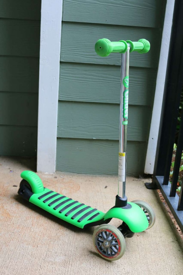 Used Yvolution Y Glider Deluxe Scooter Green For Sale In