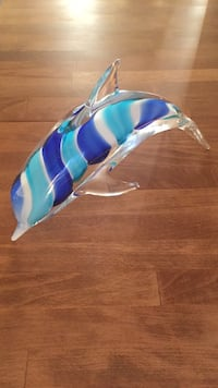 Fifth Avenue Crystal glass dolphin  Mount Airy, 21771