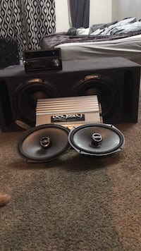 black and gray subwoofer speaker 2262 mi