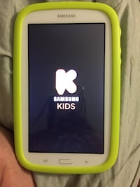 Samsung kids tablet in like new condition Hyattsville, 20783