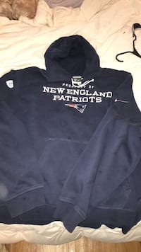 Official NFL equipment training Nike New England patriots 4xl Nike property of new England patriots hoodie.  Turnersville, 08080