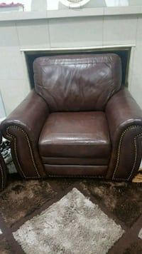 Brand new leather chair for sale  Mississauga, L4T 4G8