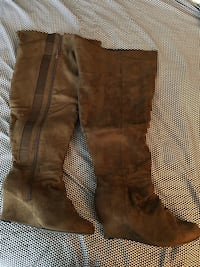 WIDE calf over the knee boots. Size 10 Toronto, M5A 3C4