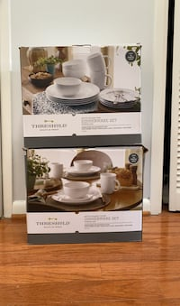 Dinnerware sets (two sets of 4)