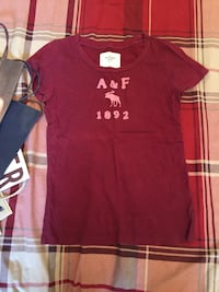Abercrombie&Fitch graphic tees 325 mi