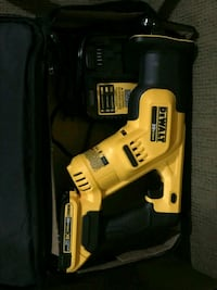 DeWalt cordless hand drill with case Sheffield, 35660