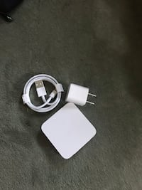 white Apple Lightning to USB cable Los Ángeles, 91401