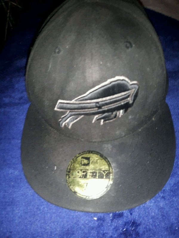 e6e62b0213648 Used Men s Buffalo Bills New Era Black on Black 59FIFTY for sale in  Brantford - letgo