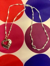 "Sterling Silver Heart pendant necklace / Silver chain 18"" inch long very pretty high shine Alexandria, 22311"