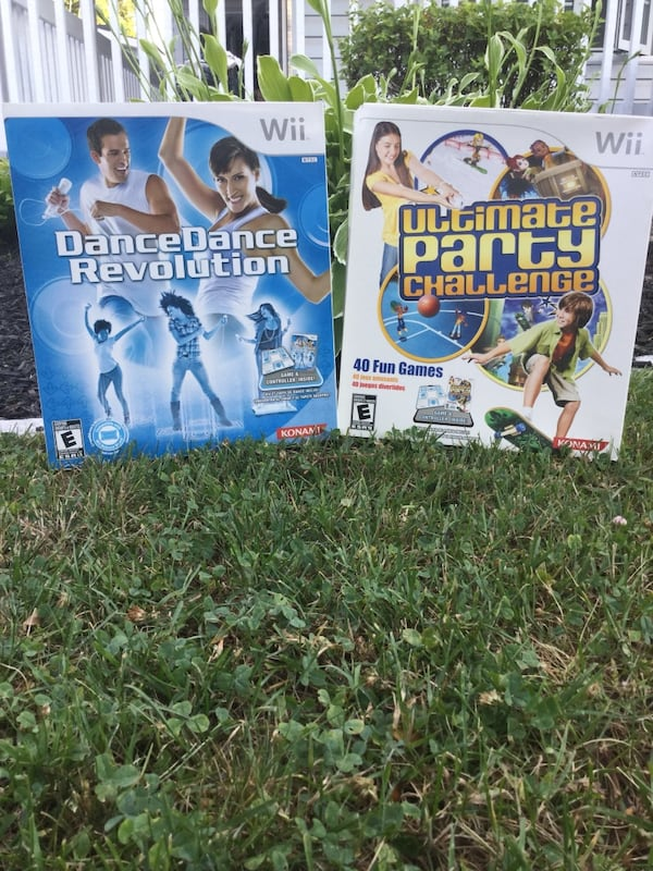 Two nintendo wii game cases a9bae65a-5985-4909-b6fb-99b13426a062