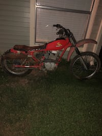 red and black motocross dirt bike Houston, 77095