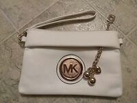 Michael Kors bag. pick up only !! Youngstown, 44510