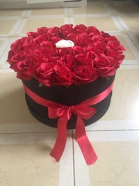 Birthday gift rose box