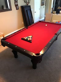 Imperial international 8ft pool table  Melbourne, 32940